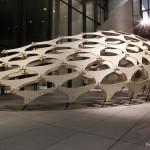 Holz-Installation innen - Pinakothek der Moderne München