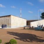 Holzkonstruktion Schule Afrika Aussenansicht